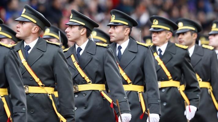 Türk Silahlı Kuvvetleri Erkek ve Kadın Subay Alım Alımı Yapıyor ! Peki Kimler Başvuru Yapabilir ? Detaylar Haberimizde ! 2 – jandarma 2019 kadin ve erkek subay alimi basvurulari ne zaman jandarma subay alimi h69734 c83911